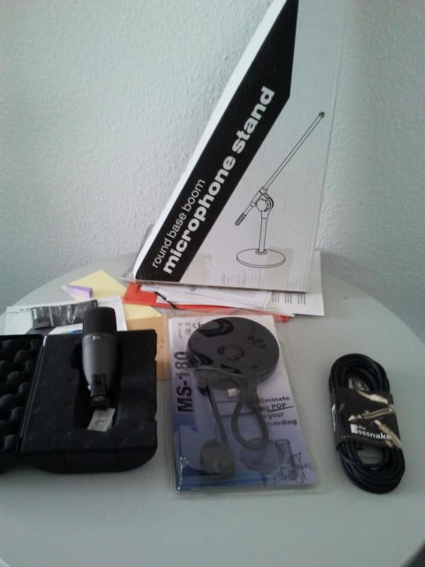 Hörerfinanziertes Equipment
